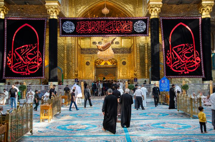 The al-Abbas's (p) Holy Shrine is covered with black on the martyrdom anniversary of Imam al-'Askari (peace be upon him). - Black cloth covered all the walls of the al-Abbas's (p) holy shrine to announce the mourning on the martyrdom anniversary of Imam al-Hassan al-'Askari (peace be upon him). And condolence banners were ...